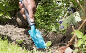 La Pala Angosta Gardena 8951-20, con reevestimiento Duroplast
